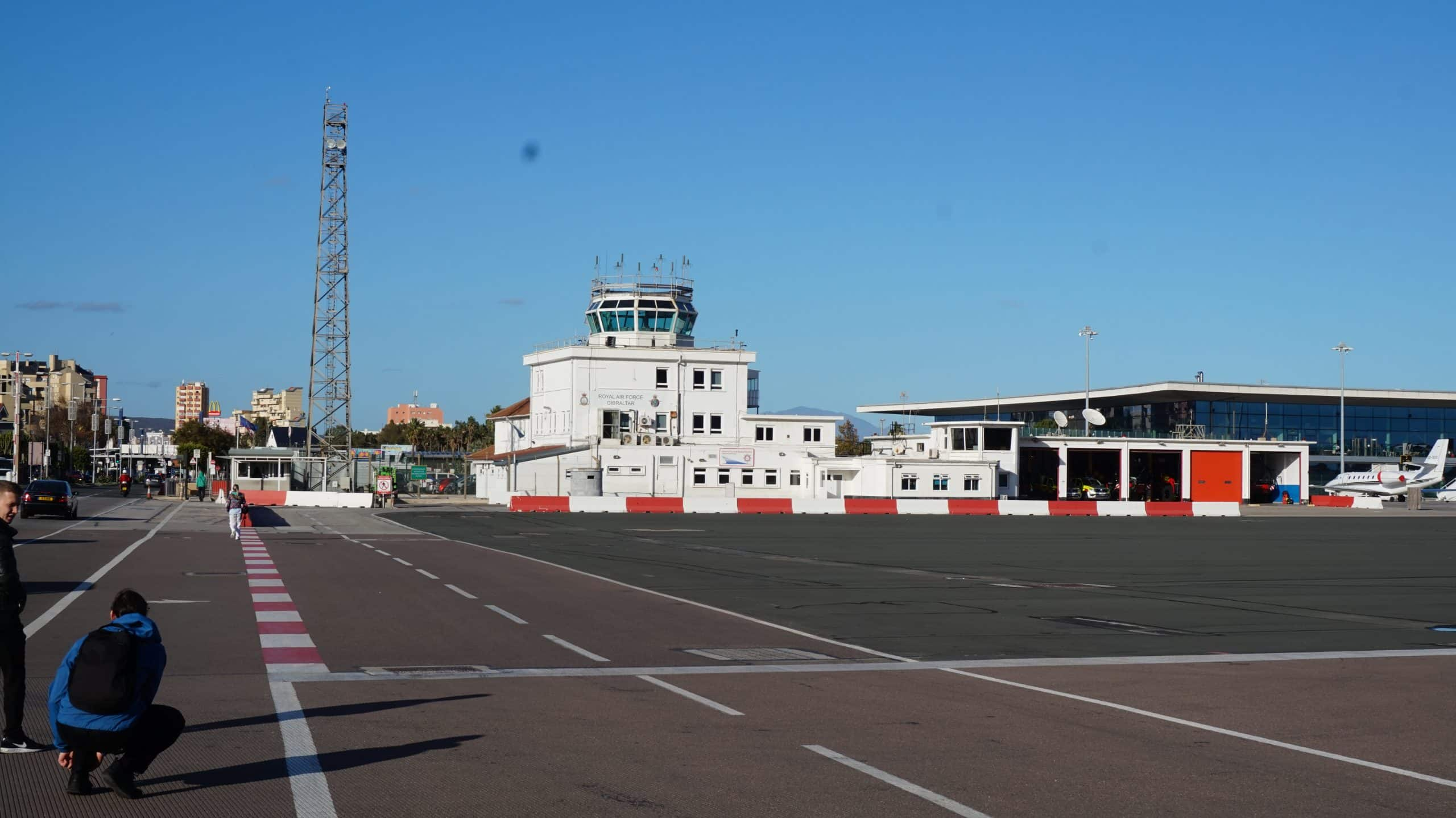 Übergang Landebahn Gibraltar nach La Linea