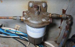 Dieselfilter am Tank wechseln