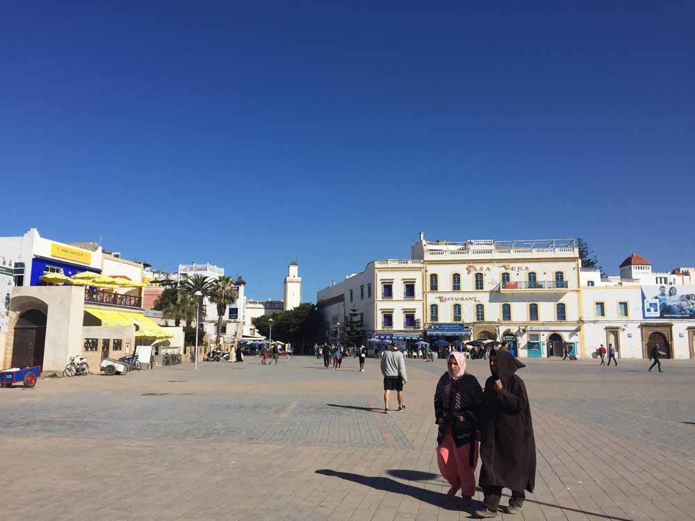 Großer Platz vor dem Fischerhafen in Essaouira